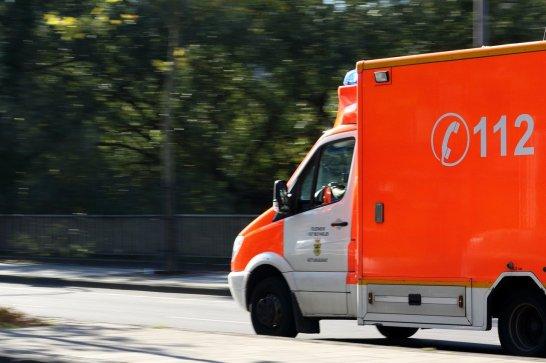 ambulance-970037_12805857367709330592251.jpg